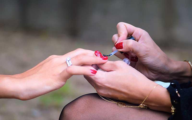 Trucos para que tu manicure te dure más tiempo